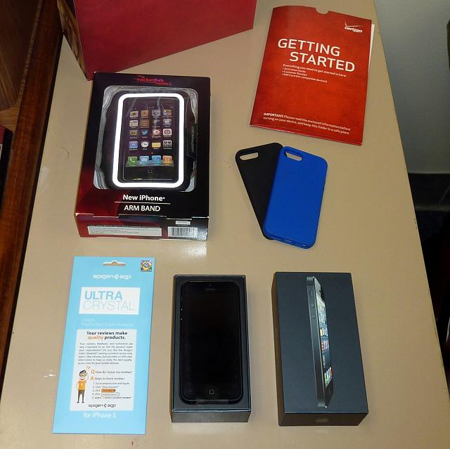 WTS: iPhone 5 16GB Black Verizon with Accessories-p1030041.jpg