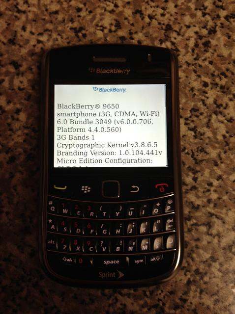 WTS: BlackBerry Bold 9650-about.jpg