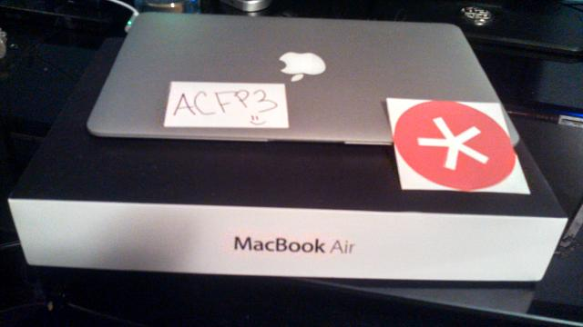 WTS/WTT: Like new MacBook Air 11' in box-img_20121218_210851_562.jpg