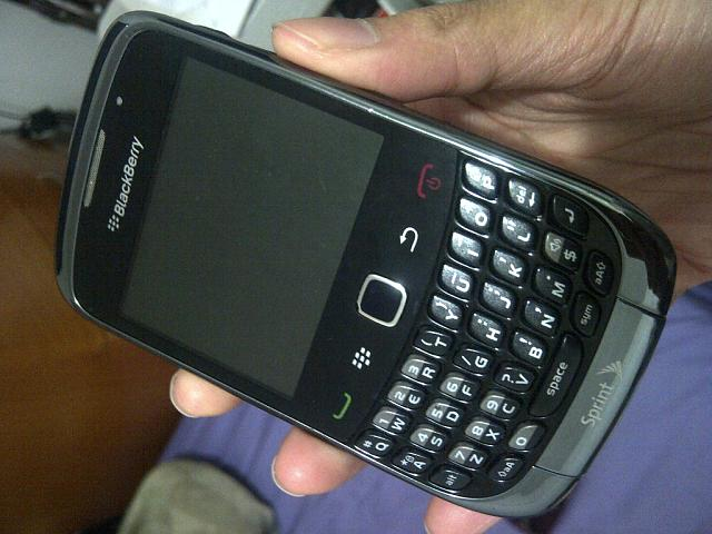 WTS: Sprint BlackBerry Curve 3G 9330 Excellent Condition-img-20130104-00007.jpg