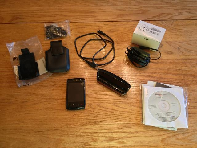 WTS Verizon Storm 9550 w/ Extras-1-bb-storm-2-accessories.jpg