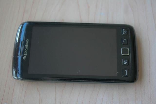 WTS: BlackBerry Torch 9860, 2 Batteries, Extras!-img-10015.jpg