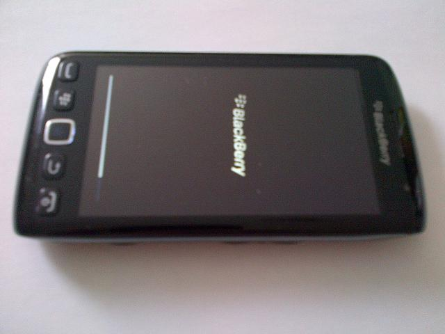 VZW Torch 9850-torch9850face.jpg