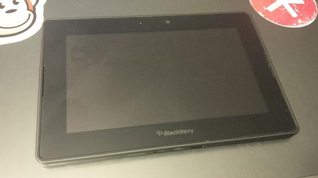16GB PlayBook + Charger + Desktop Rapid Charger - 0 + shipping-img_00000315.jpg