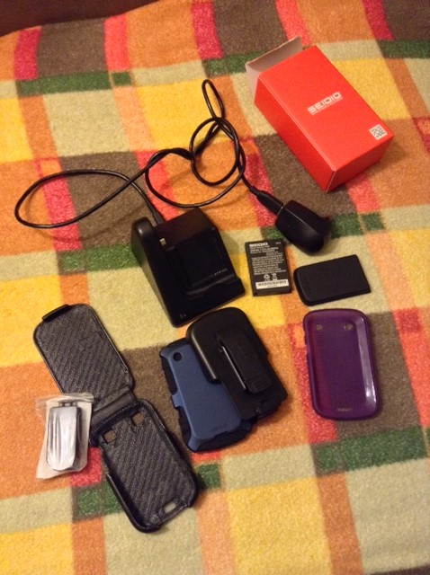 WTS: UNLOCKED BLACKBERRY BOLD 9900 - (0) or...-accessories.jpg