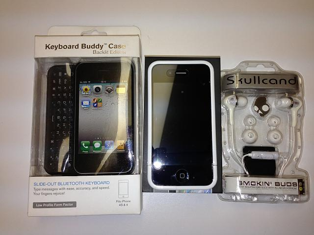 WTS: Mint condition iPhone 4, 16gb, Verizon with many accessories, MUST SEE!!!-iphone-4-accessories.jpg