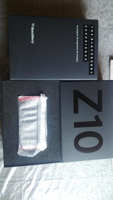 Limited Edition Z10 Brand New Red 0 (Numbered and Unlocked)-img_00000110.jpg