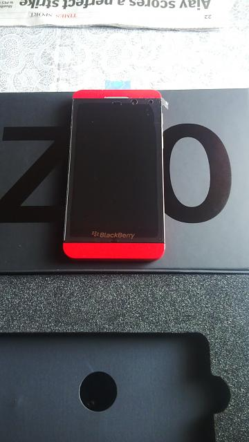 Limited Edition Z10 Brand New Red 0 (Numbered and Unlocked)-img_00000111.jpg