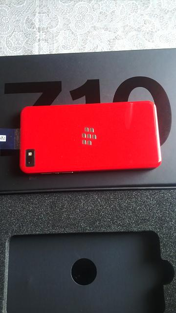 Limited Edition Z10 Brand New Red 0 (Numbered and Unlocked)-img_00000112.jpg