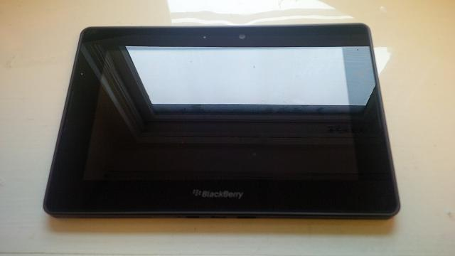 PlayBook (32GB), OEM Mini Keyboard, Otterbox, Rapid Charger-img_00000221.jpg
