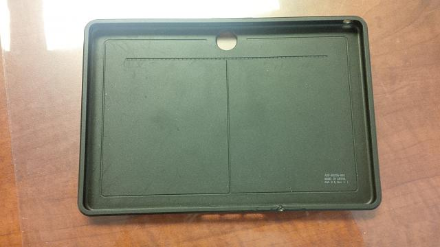 PlayBook (32GB), OEM Mini Keyboard, Otterbox, Rapid Charger-img_00000058.jpg