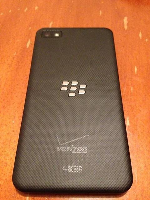 Verizon Z10 With Accessories-img953286.jpg