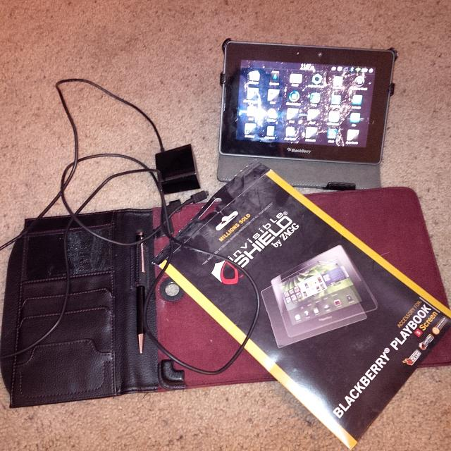 64GB Playbook  (Original packaging) Bundle-img_00000104.jpg