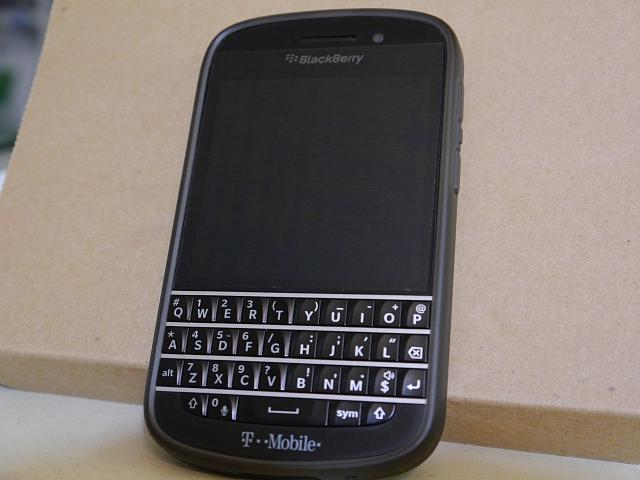 BB Q10 SQN100-5 Unlocked (T-Mobile/AT&T/Also Canadian Carriers)-p1000005.jpg