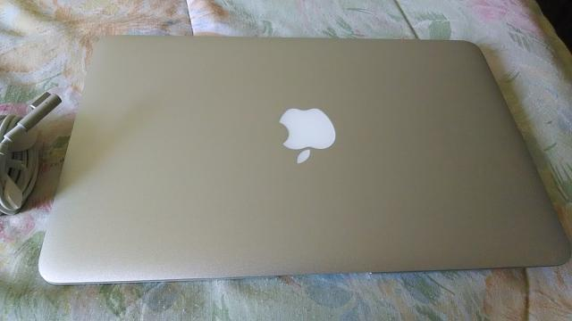 "Apple Macbook Air 11"" 2010 (Mint Condition)-img_20131203_100324775.jpg"