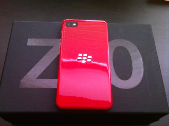Like New Red Limited Edition Z10 w/ Case-901278_10100578137979377_274257011_o.jpg