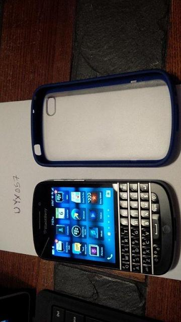 Unlocked BlackBerry Q10 - w/case and OEM Charger-img_20140106_195710.jpg