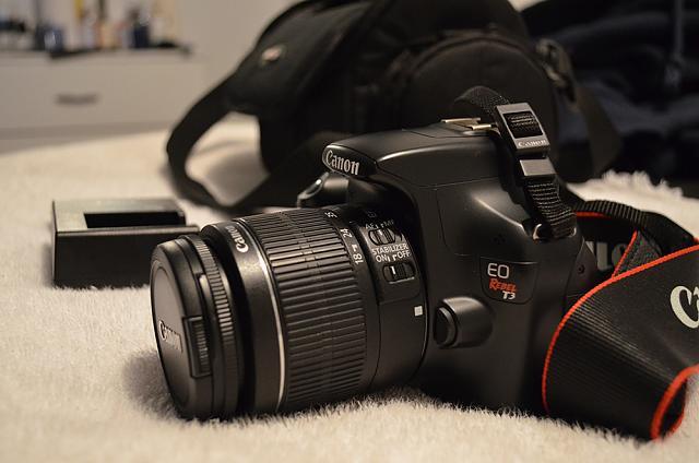 Wts Canon T3 Rebel Eo W Kit Lens Camera Bag 350 Shipped