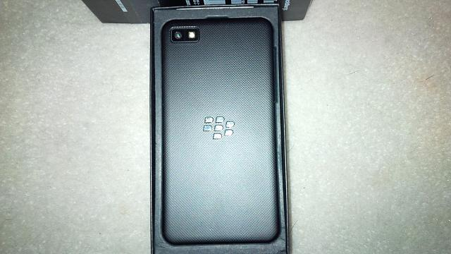 Z30 on Telus Network or Unlocked-z10-back.jpg