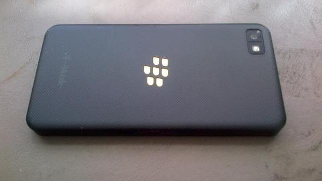T-Mobile Unlocked BlackBerry Z10 w/ Accessories +$? for Unlocked Z30.-img_00000039.jpg