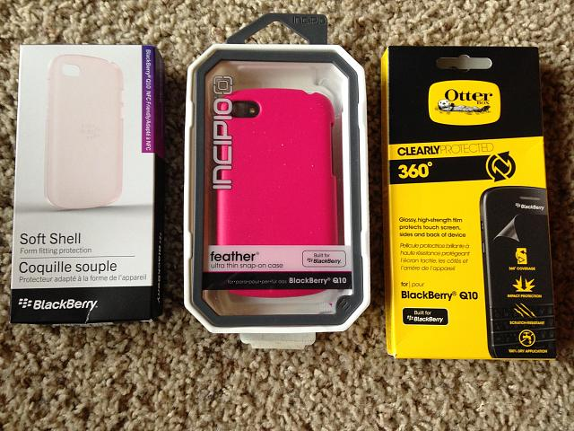 White VZW Q10 LIKE NEW,  PLUS EXTRA CASE ACCESSORIES-q10-accessories.jpg