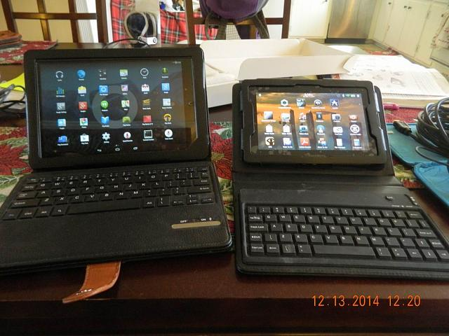 Two tablets- B&N Nook HD+ and 32GB BlackBerry PlayBook Wi-Fi.-pb6.jpg