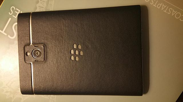 White BlackBerry Passport-uploadfromtaptalk1441726443014.jpg