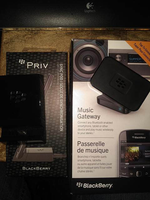 WTT: Blackberry Priv Syncpod and BB Music Gateway-img_20160404_2338248.jpg