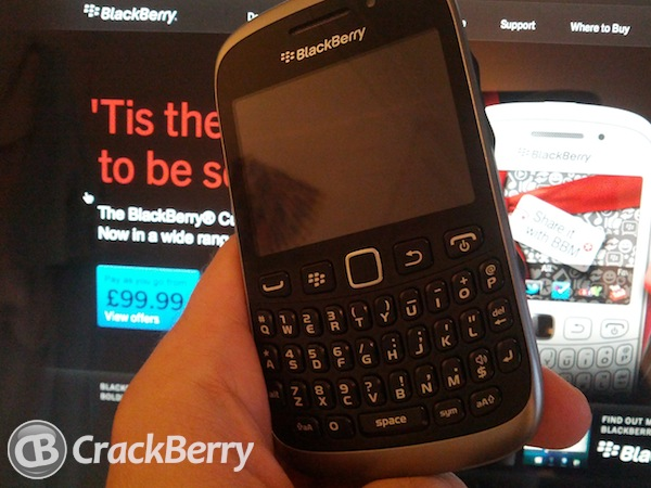 Blackberry curve 9320 explodes, injures boy-9320_xmas.jpg