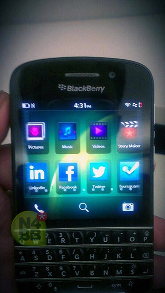 Leak ! Hot !!! Picture of BB 10 (X10) or may be BlackBerry 10 Dev Alpha C qwerty-blackberry-x10-n-series-2.jpg