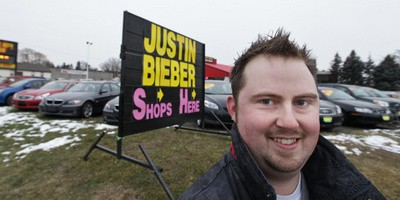 How much for Bieber?-justin-bieber-shops-here.jpg