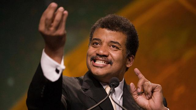 Can CrackBerry activity be used to estimate BlackBerry device sales?-neil-degrasse-tyson.jpg