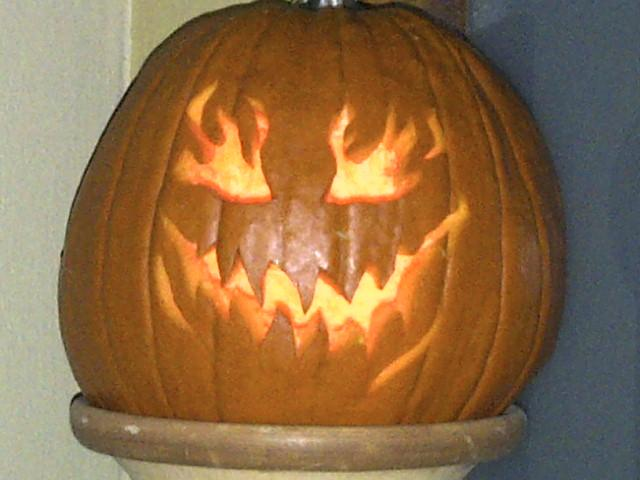 Pumpkin Carving-img-20121027-00109.jpg