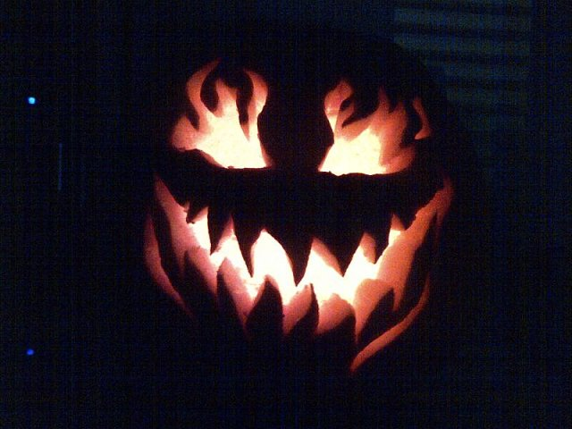 Pumpkin Carving-img-20121027-00108.jpg