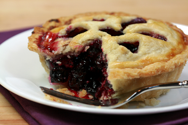 Official everyfin' to do with PlayBook hijack thread?-mini_blueberry_pies.jpg