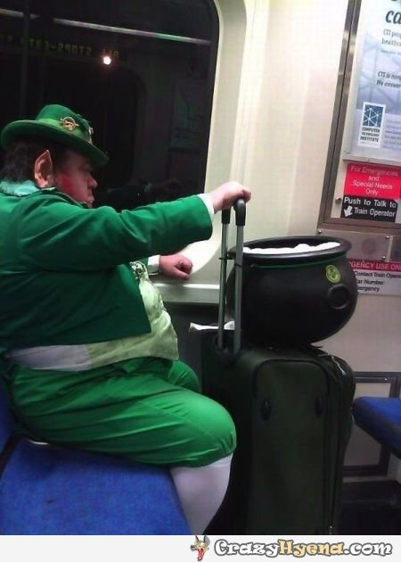 Official everyfin' to do with PlayBook hijack thread?-giant-fat-leprechaun-picture.jpg
