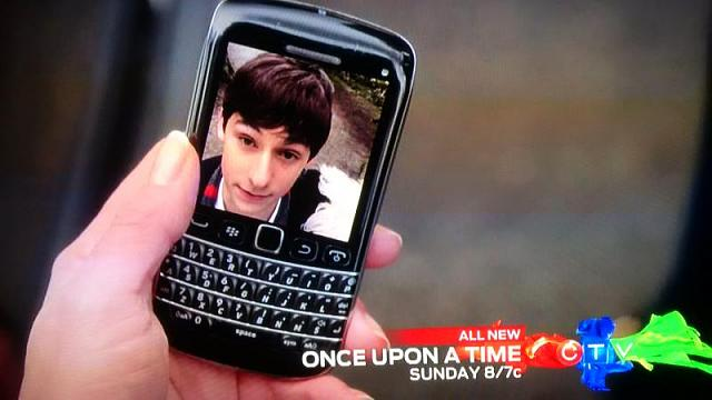 Had to share: BlackBerry phone features in tv show-img_20150515_115553.jpg