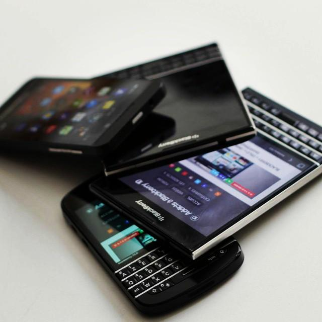 Happiness is....-inst10_blackberryaddicts.jpg