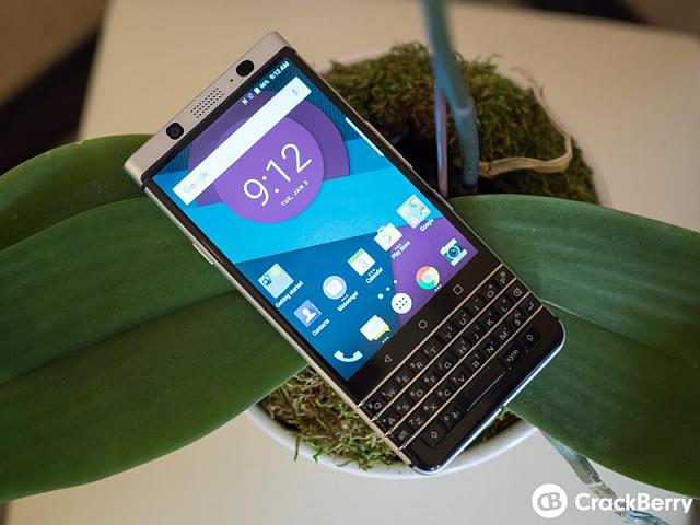Any Dutch BlackBerry users here?-blackberry-mercury-pre-production-24.jpeg