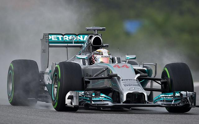 Blackberry won again in F1!-hamilton_2866568k.jpg
