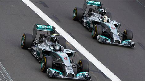 Blackberry won again in F1!-mercedes-inline.jpg