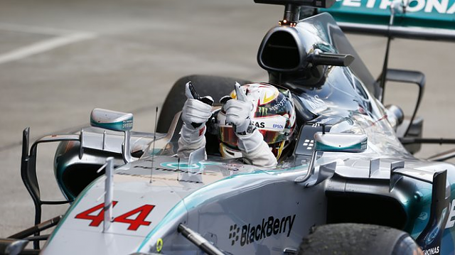 How long do BlackBerry and Mercedes have together?-2015_suzuka_victory.png
