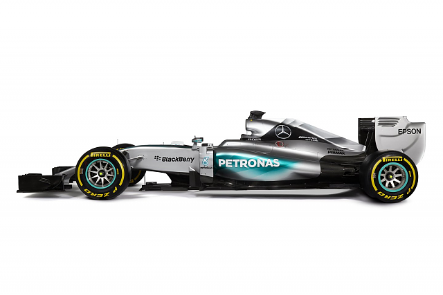 How long do BlackBerry and Mercedes have together?-w06.png
